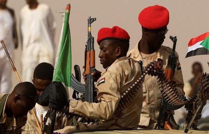 حملات اعتقال موسعة لأعضاء حزب البشير في السودان