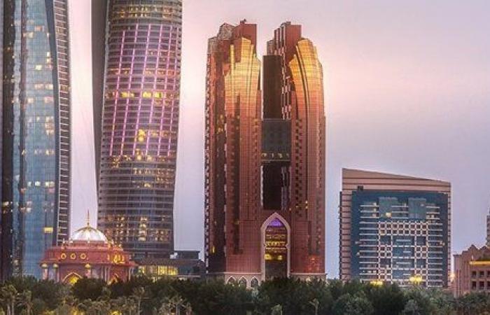 إطلاق برنامج «ازدهر في أبوظبي» لاستقطاب المواهب الاستثنائية للاستقرار في الإمارة