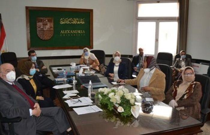رئيس جامعة الإسكندرية يدعو الباحثين لعرض أبحاثهم في مشروع الجينوم المصري