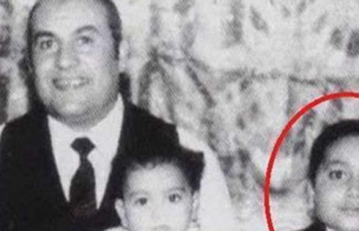"""أسرار علاقة علاء ولى الدين بوالده""""الشاويش حسين"""" وكيف حببه بالفن.. ذكرى رحيله"""