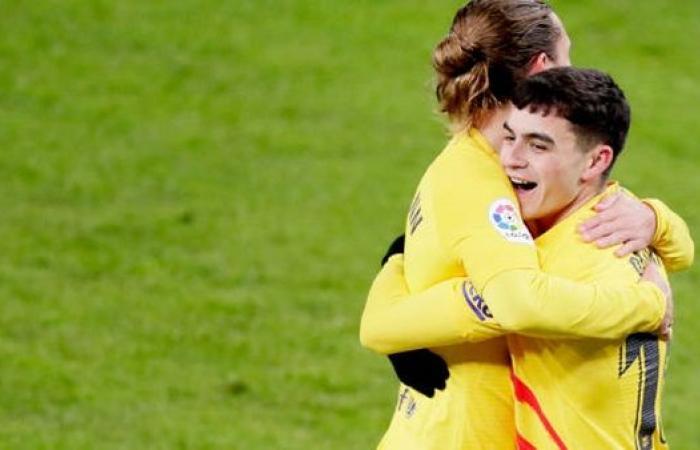 موعد مباراة برشلونة وألافيس بالدوري الإسباني