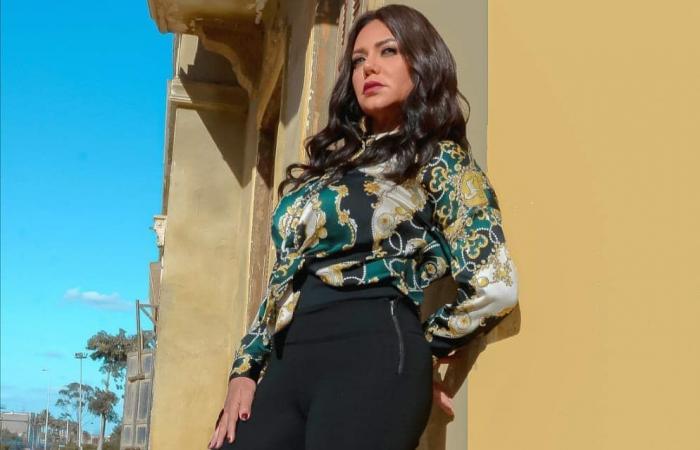 رانيا يوسف تخضع لجلسة تصوير جديدة بملابس محتشمة