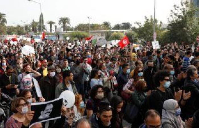 تحت حكم إخوان تونس.. تحذيرات حقوقية من عودة الحكم البوليسى للتعذيب بالسجون
