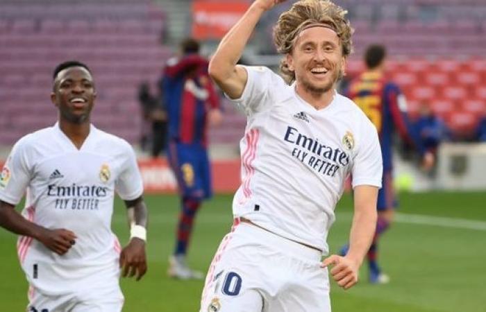 زيدان يعلن تشكيل ريال مدريد لمواجهة فالنسيا