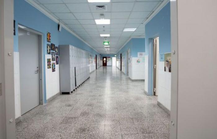 مسؤول كويتي: يجب تطعيم طلبة الكليات الطبية ضمن الفئات الأولى بلقاح كورونا