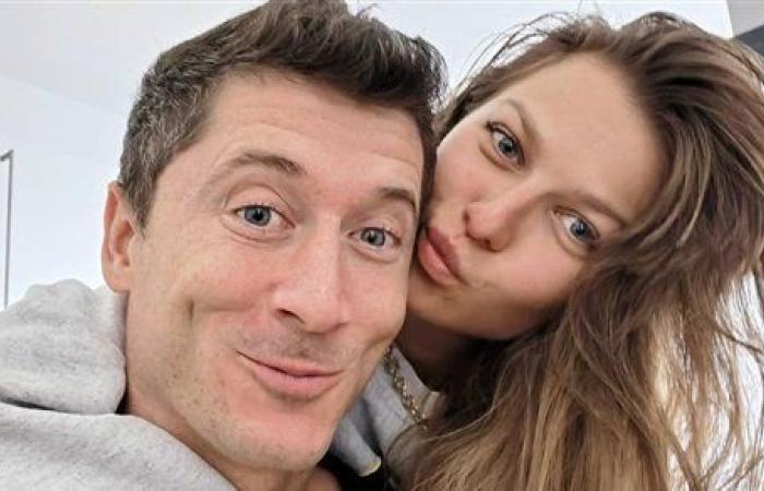 امرأة أحلامي.. ليفاندوفسكي يحتفل مع زوجته بعيد الحب