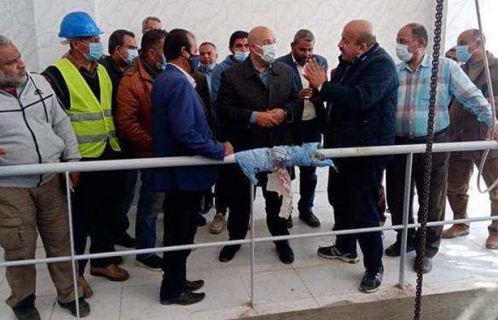نائب محافظ الجيزة يتفقد مشروعات الصرف الصحي بالبدرشين | صور