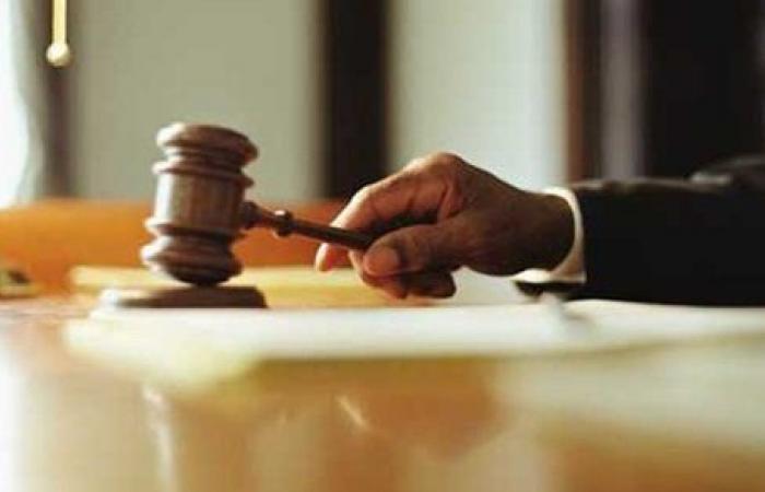 تأجيل محاكمة المتهمة باختلاس أموال من جمعية أطباء نقابة الأسنان لـ مايو المقبل