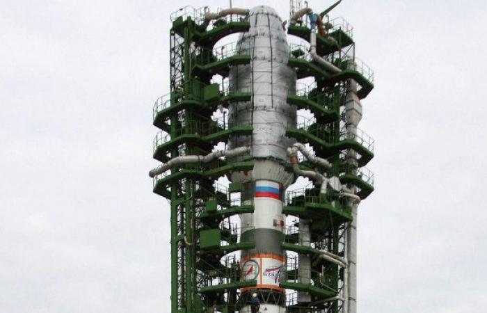 شركة روسية تصنع قمرا صناعيا لإيران وتكشف موعد إطلاقه