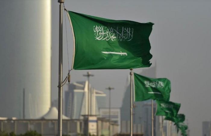 إيقاف التعاقدات الحكومية مع الشركات الأجنبية التى لا تتخذ السعودية مقرًا إقليميًّا