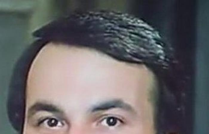 ذكرى رحيل حاتم ذو الفقار.. تعرف على أبرز محطاته فى عالم الفن