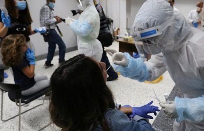 لبنان.. أكثر من ألف شخص في القطاع الطبي يتلقون لقاح كورونا