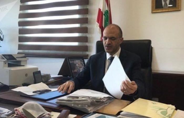 """وزير الصحة اللبناني يتوجه إلى روسيا قريبا لتأمين كمية كبيرة من لقاح """"سبوتنيك V """""""