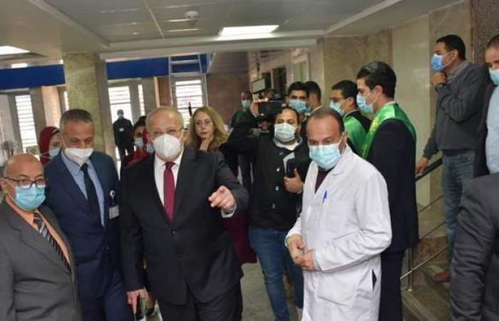 الخشت يفتتح معهد الأورام بالمنيل ومستشفى طوارئ قصر العيني بعد تطويرهما
