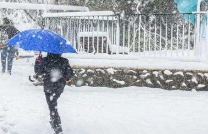 بسبب الطقس السيئ.. تعطيل المدارس وإغلاق الشوارع في إسرائيل