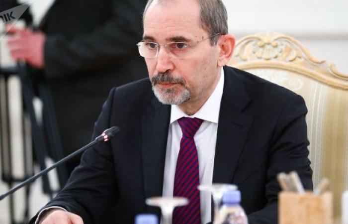 وزير الخارجية الأردني: عمليتا الإصلاح الاقتصادي والسياسي مستمرتان