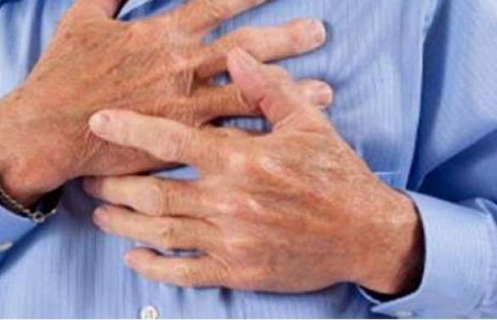 أعراض الذبحة الصدرية وأهم أسبابها