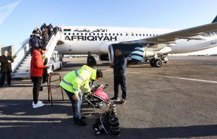 الخطوط الجوية الليبية تستأنف رحلاتها من طرابلس وبنغازي إلى القاهرة