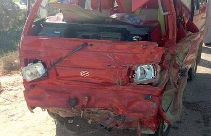 مصرع 3 في تصادم سيارتين بسوهاج | صور