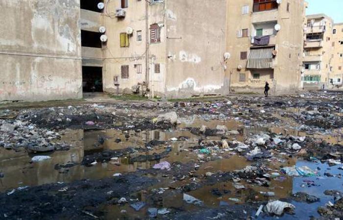 مياه جوفية وعمارات متهالكة.. أزمة عمرها 30 عاما بمساكن شطا في دمياط