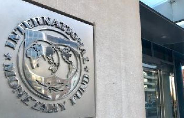 البنك الدولي يهدد بوقف تمويل تطعيمات كورونا بلبنان بعد أنباء عن مخالفات