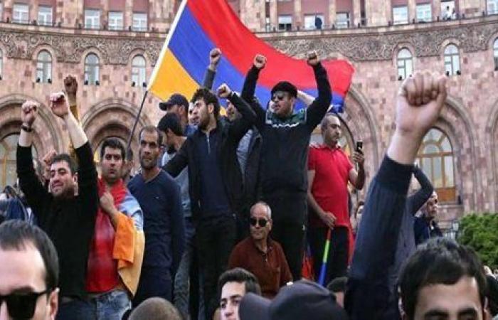 تجدد التظاهرات في أرمينيا للمطالبة باستقالة رئيس الوزراء