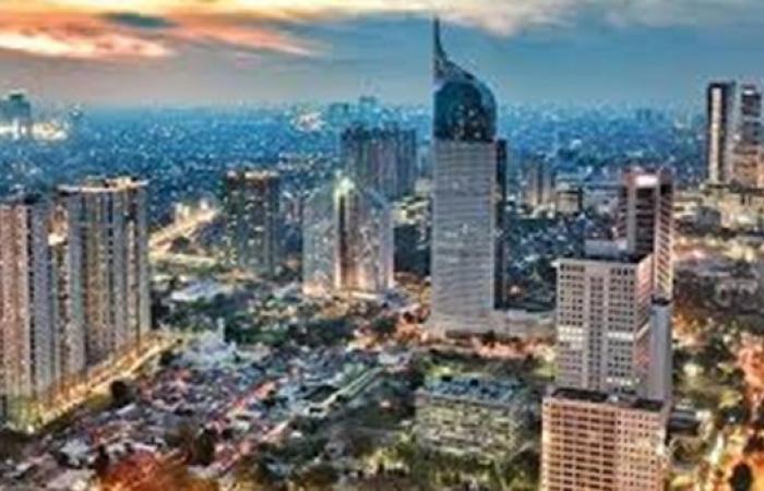 إندونيسيا ترفع ميزانية التحفيز لعام 2021 إلى 50 مليار دولار