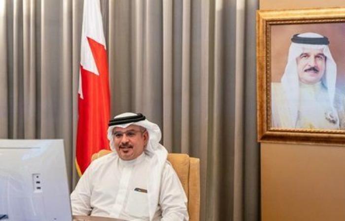 رئيس وزراء البحرين: الدراسات البحثية لها دور كبير في مد جسور التواصل الحضاري بين الشعوب