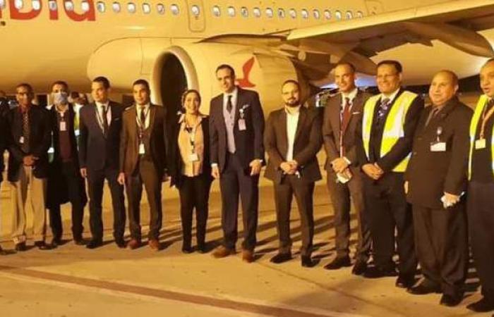 مطار الأقصر يحتفل باستقبال أولى رحلات العربية للطيران