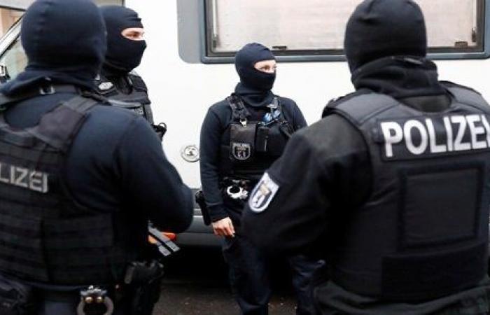 بعد حظر جماعة إسلامية متطرفة.. حملة مداهمات كبيرة في برلين وعدة مدن ألمانية