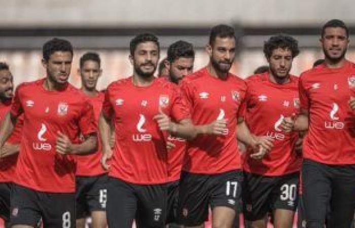 موسيماني يحاضر اللاعبين بالفيديو قبل انطلاق مران الأهلي