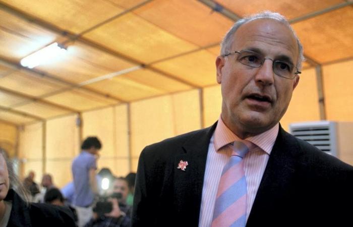 السفير البريطاني باليمن: سلطان زابن قام بعمليات تعذيب وحشية للنساء