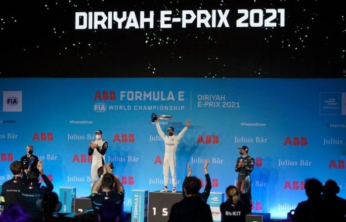 «دي فريز» بطلاً لسباق فورمولا