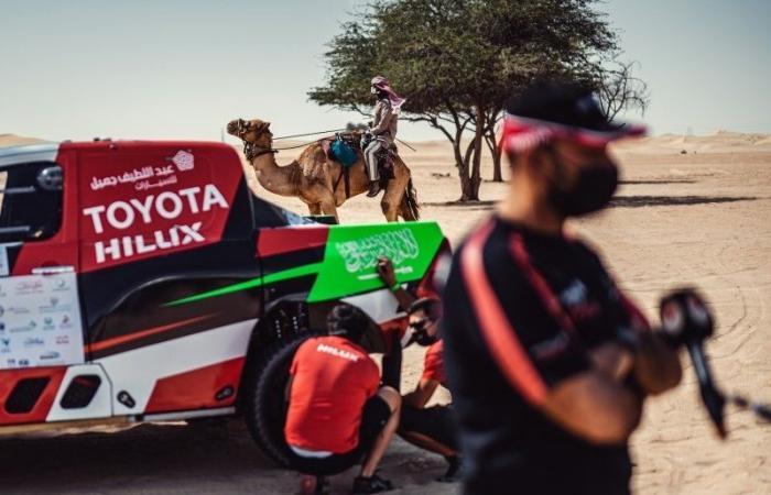 الراجحي يبحث عن صدارة كأس العالم للراليات الصحراوية