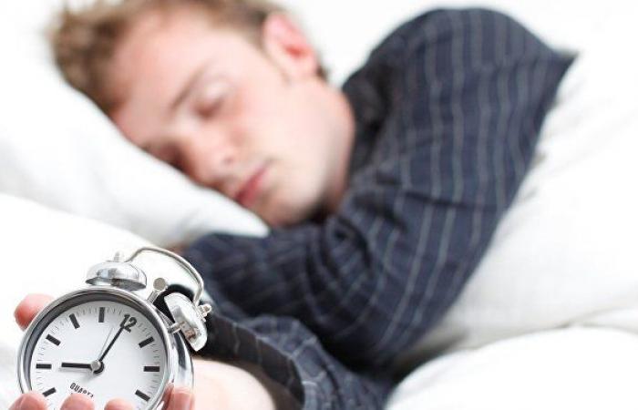 بعيدا عن الهواتف المحمولة... خطوات للحصول على نوم صحي وسليم