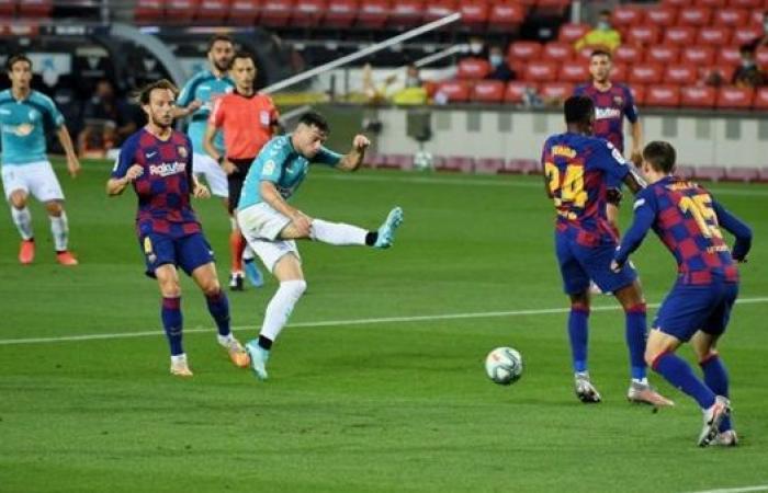 برشلونة ضد أوساسونا في الدوري الإسباني.. موعد المباراة والقنوات الناقلة والتشكيل المتوقع