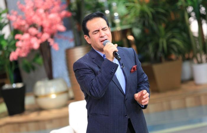 """محمد ثروت: أحمد ابنى هو الدافع والمحفز لتقديمى أغنية """"يا مستعجل فراقى"""""""