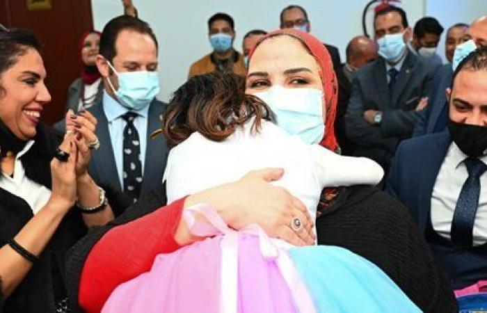 وزيرة التضامن ومحافظ بني سويف يفتتحان أول دار لرعاية الفتيات بلا مأوى بالصعيد