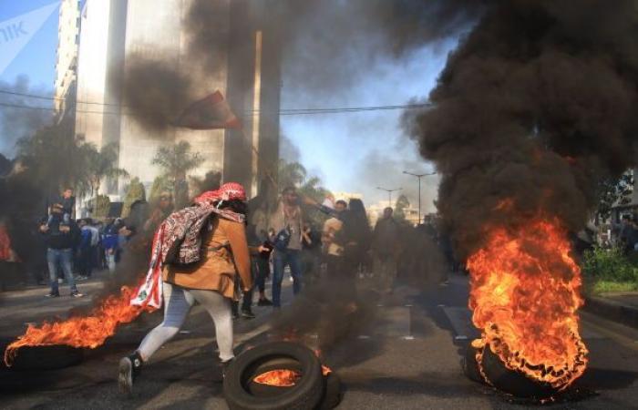 صحيفة تحذر من انهيارات مريعة متتالية إذا ما بقي لبنان بلا حكومة