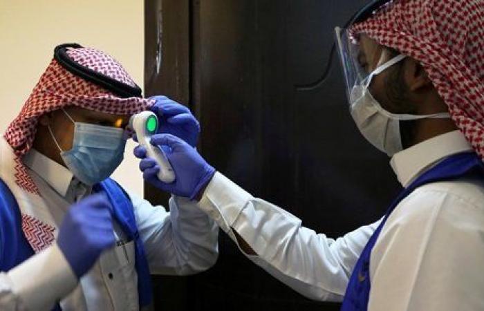السعودية تسجل 384 إصابة جديدة بفيروس كورونا