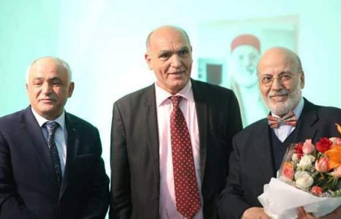 المركز الثقافي الدولي بتونس يحتفي بالفنان على اللواتي  صور