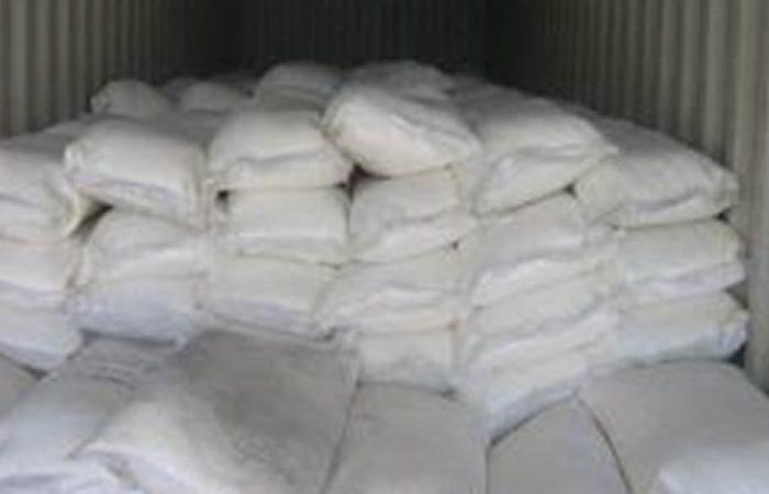 ضبط 15 طن سكر وزيت طعام مجهول المصدر بالقليوبية