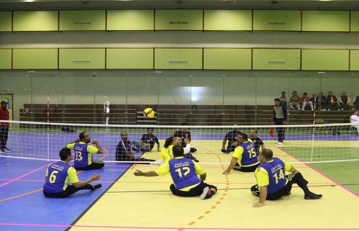 84 لاعبًا في منافسات «الطائرة من الجلوس» لذوي الإعاقة