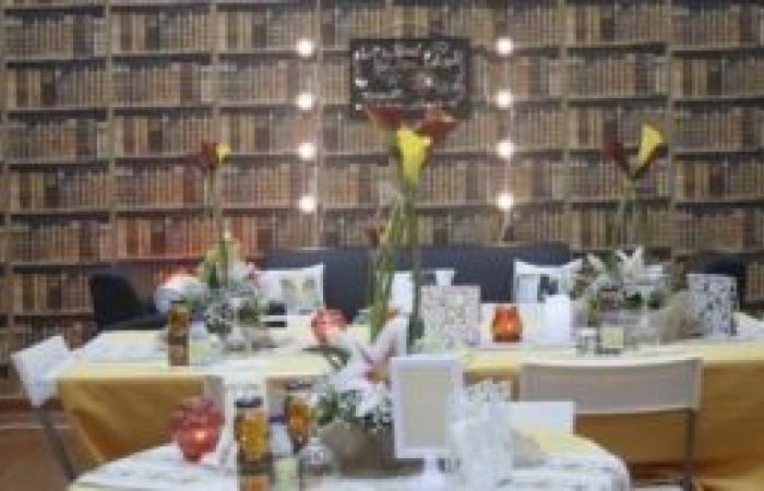 تفاصيل الإجراءات الاحترازية وبروتوكولات الوقاية من كورونا بالمطاعم والمقاهي