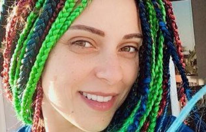 """نورهان تتألق فى صورة جديدة بـ""""شعر مجدول"""" وألوان مبهجة"""