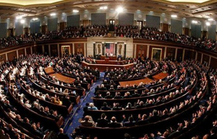 بقيمة 1.9 تريليون دولار.. مجلس الشيوخ الأمريكي يمرر مشروع قانون إغاثة كورونا