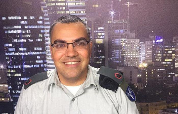 أفيخاي أدرعي يعلق على استخدام طالب مصري الكمامة في الغش