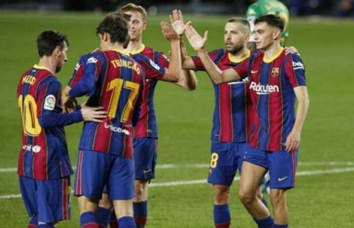 برشلونة يحقق فوزا صعبا على أوساسونا في الليجا