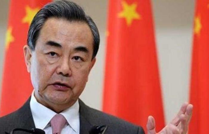 وزير الخارجية الصيني يطالب أمريكا بـ المنافسة الصحية وعدم تسييس أزمة الوباء