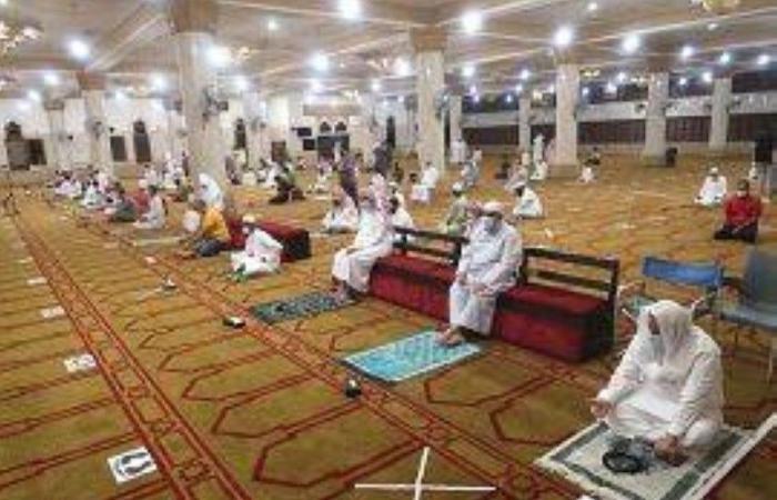 «الإسلامية» تغلق 8 مساجد وتنفذ 100 ألف جولة في 5 أسابيع